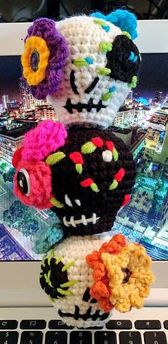 Bob the amigurumi sugar skull 1 | October art challenge from… | Flickr | 500x245