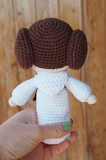 Ravelry: Princess Leia pattern by Lucy Collin | 320x213