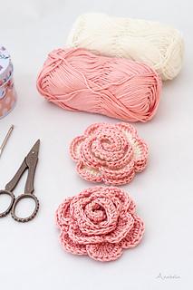 Romantic Rose brooch