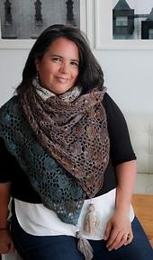 Is a rectangular shawl but you can wear it as a triangular shawl