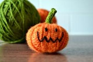 Halloween pumpkins - Crochet pattern   215x320