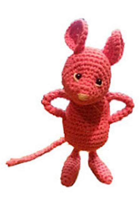 Minty tiny mouse - Free amigurumi pattern | 640x448