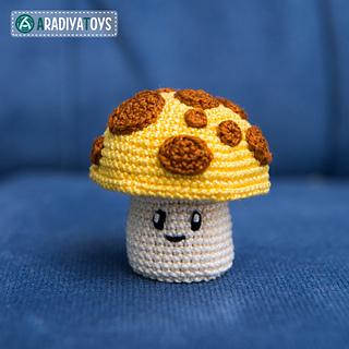 Crochet Pattern of Chomper from