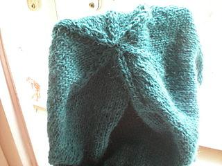 My original blue-green DROPS Alpaca hat, knitted in Prague
