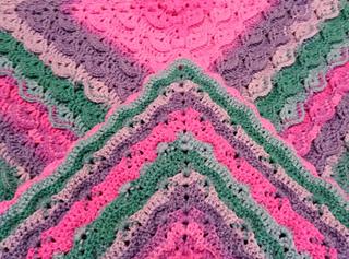 Crochet blanket pattern Pixie Tales by BebaBlanket. Front & back sides