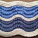 Cuello tricolor en punto de ondas pattern