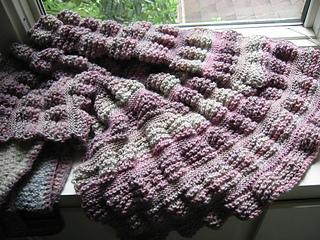 knitting - throw baby pink 004