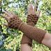 Dragon Crocodile Stitch Wristwarmer pattern
