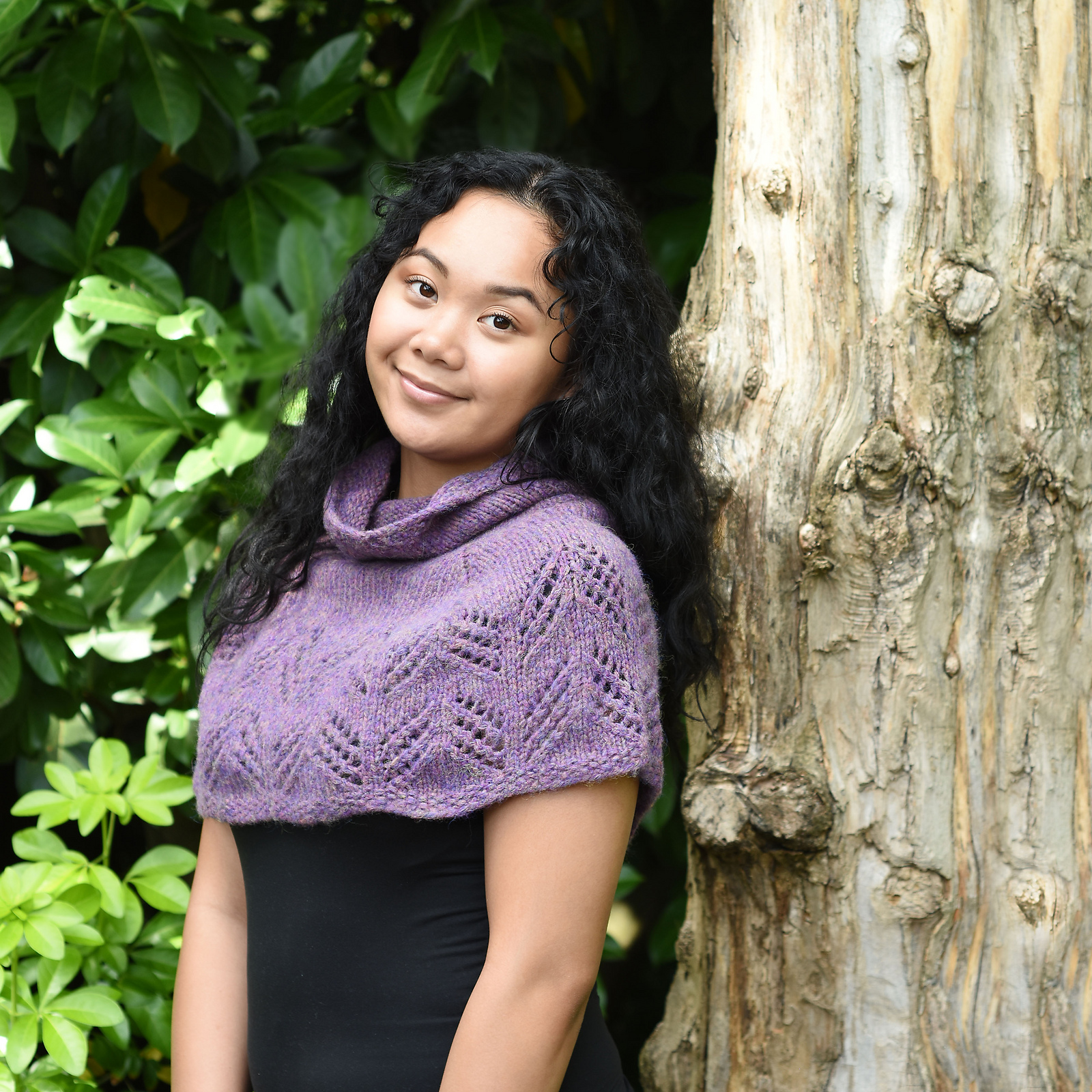 Cascade Yarns warm shoulder wrap pattern with easy lace knitting pattern in heavy worsted weight yarn