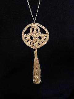 Free Crochet Pattern for Modea Pendant Necklace by CityFarmhouseStudio.com