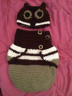 Ravelry 3 Button Baby Owl Cocoon Amp Hat Pattern By Rachael