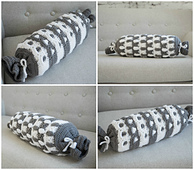 Pebbled Archway Reversible Bolster Pillow Cover crochet pattern