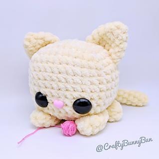 Crochet Hello Kitty amigurumi free pattern – Free Amigurumi ... | 320x319