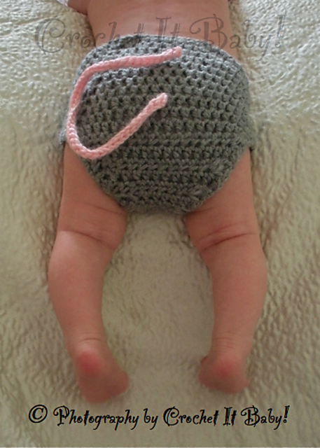 Little Mouse Hat and Diaper Cover Set pattern by Crochet It Baby