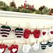 Christmas Mitten Garland pattern