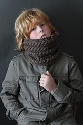 Montero Crochet Cowl
