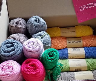 Finally - 10 skeins in 10 colours...