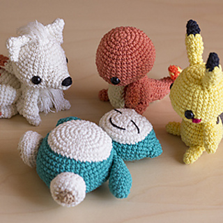 Pikachu amigurumi from 53stitches.tumblr.com. Aurora would loooove ... | 320x320