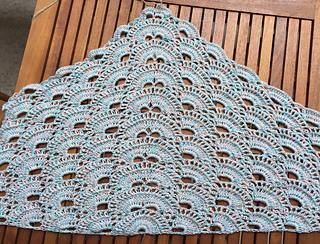 goditi il prezzo più basso più nuovo di vendita caldo piuttosto fico Ravelry: Virus shawl / Virustuch pattern by Julia Marquardt