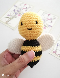 Bonnie Bee Doll - CROCHET Bee PATTERN / Amigurumi Bee PATTERN ...   320x249