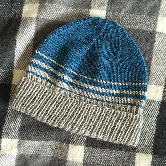Hand Knitted Filles Bonnet moutarde ou turquoise Deux Tailles