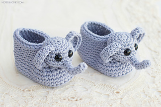 Ravelry: Ellie The Elephant Baby Booties pattern by Olivia Kent | 213x320