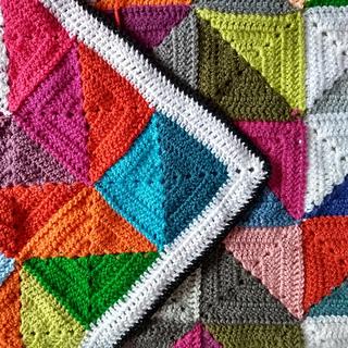 Ravelry: Coralie Blanket pattern by Kaz Hall