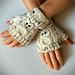 Fingerless Gloves – with OWLS! pattern