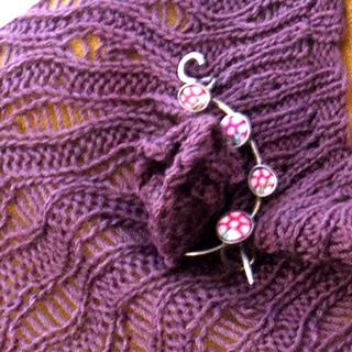 Fun floral on Kaikoura with shawl pin