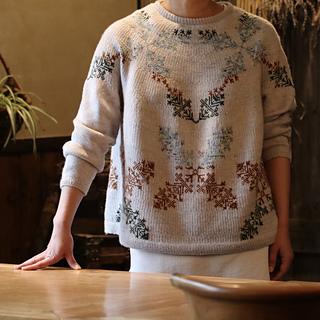 Anu sweater pattern by Junko Okamoto