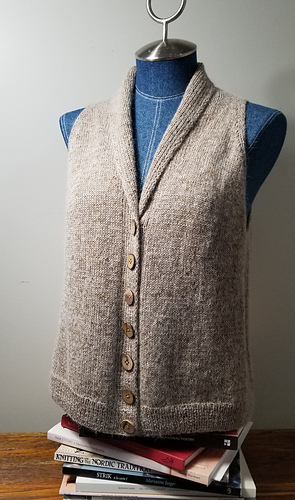 Cozy Flatter Vest by Karen Vølund Fechter March 2021