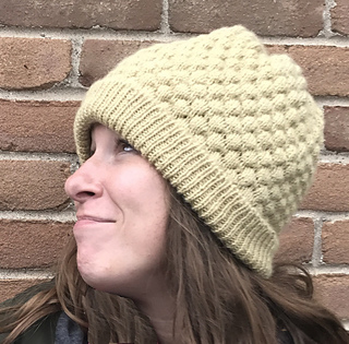 Puff-textured side, brim folded up and snuggly