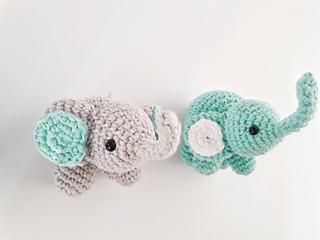 Ellie Elephant Heirloom Nursery Mobile - Bella Poppelina ...   240x320