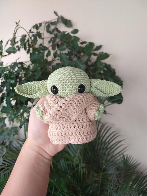 Amigurumi crochet doll pattern: Milena Doll | 640x480