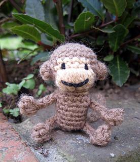Glamorous monkey amigurumi pattern - Amigurumi Today   320x276