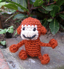 LucyRavenscar - Crochet Creatures: Mini Monkeys - Free Amigurumi ... | 240x223