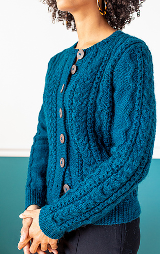 Anaïs wears Aubree in Harbor  / Photographer: Danie Harris