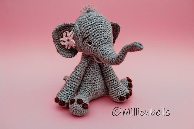 Isolated Crochet Amigurumi Toy Gray Elephant Blue Bow Neck Black ...   427x640