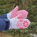 Dahlia mittens pattern