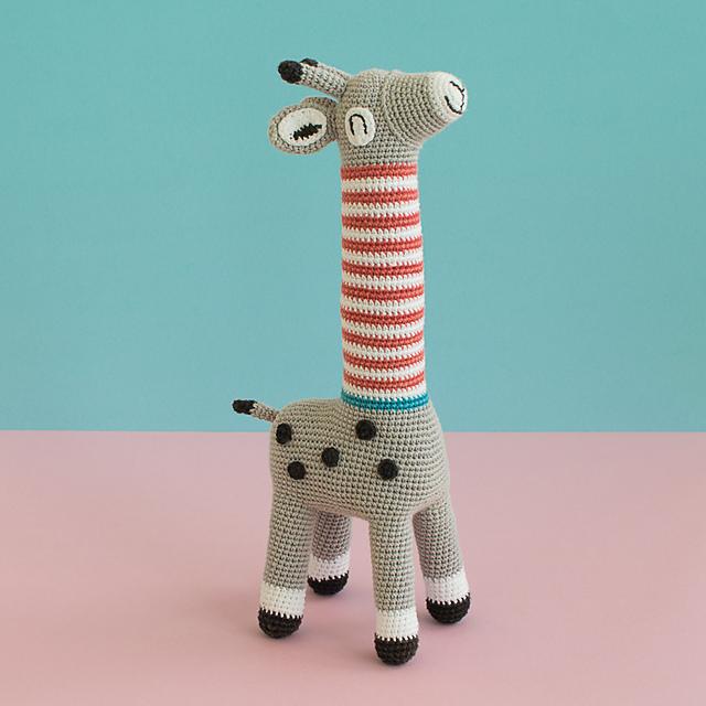 Tiny giraffe crochet pattern | Desenho girafa, Modelos de crochê e ... | 640x640