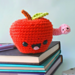 Apple and worm - Back to school gift pattern