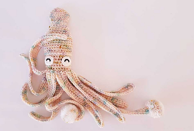 10 Crochet Octopus Patterns to Make for Preemies | 432x640