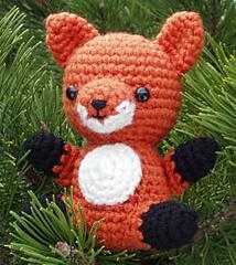 Ravelry: Fox amigurumi pattern by Fabiana Canu | 240x214