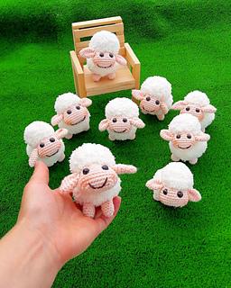 Amigurumi Minik Bebek 2. Bölüm SAÇ YAPIMI - little doll hair - YouTube | 320x256