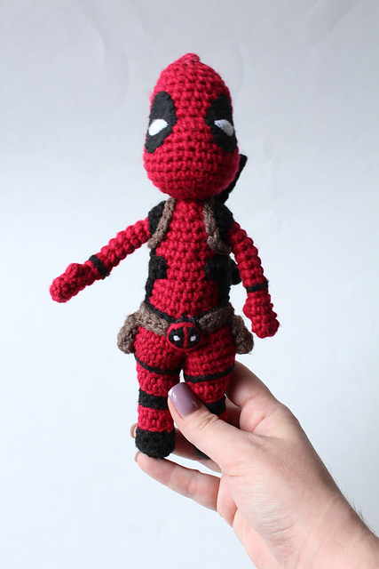 Deadpool Crochet pattern PDF Amigurumi superheroes Comics inspired ... | 640x427
