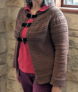 Rondo cardigan knitted from Yarnz2go's knit kit.