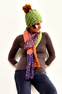 The Spin hat and the colorful 7 Footer scarf knit kits can be found at www.yarnz2go.com