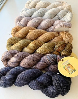 Check out the luxurious yarns for this project at www.yarnz2go.com