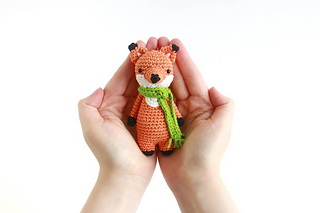 Ravelry: Aaron the Fox pattern by Sabrina Somers | 213x320