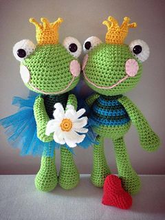 Large Amigurumi Frog Animal Toy Pillow for Baby Knitting | Etsy | 320x240
